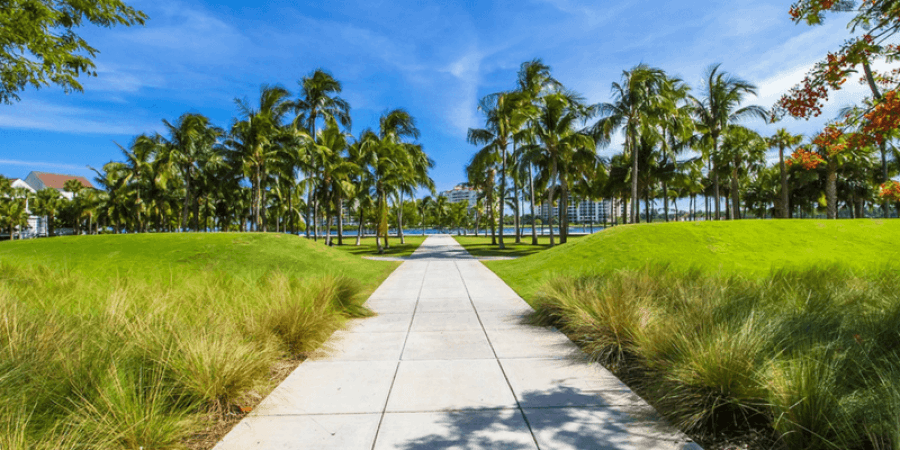Where to move from california in 2018 top 10 places for Best place to move in florida